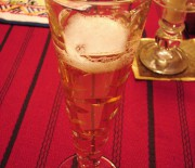 Cocktail champagne-pêche